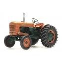 Tracteur Agricole SOMECA avec roues larges