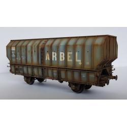 """Wagon patiné ARBEL 1956, Boite à Tampon, caisse pans coupés """"ARBEL"""" Gris châssis noir - Patine Franck BLONDEL"""