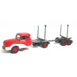 CB068 - Camion Willème Porte-Grumes rouge et blanc