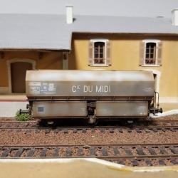 """Wagon patiné MH45 Roue Léonard, 3 essieux """" Cie du MIDI"""" Gris châssis noir- Patine Franck BLONDEL"""