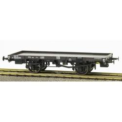 PLATS Origine PLM - wagon avec frein à levier, boite PLM, 1 roue à rayons 1 roue pleine n°Jo996362 VB SNCF